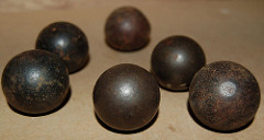 Lead Balls (via Flickr CC)